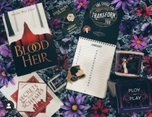 """Bookish Spotlights: Review of Illumicrate's December monthly box """"Secrets and Schemes"""""""